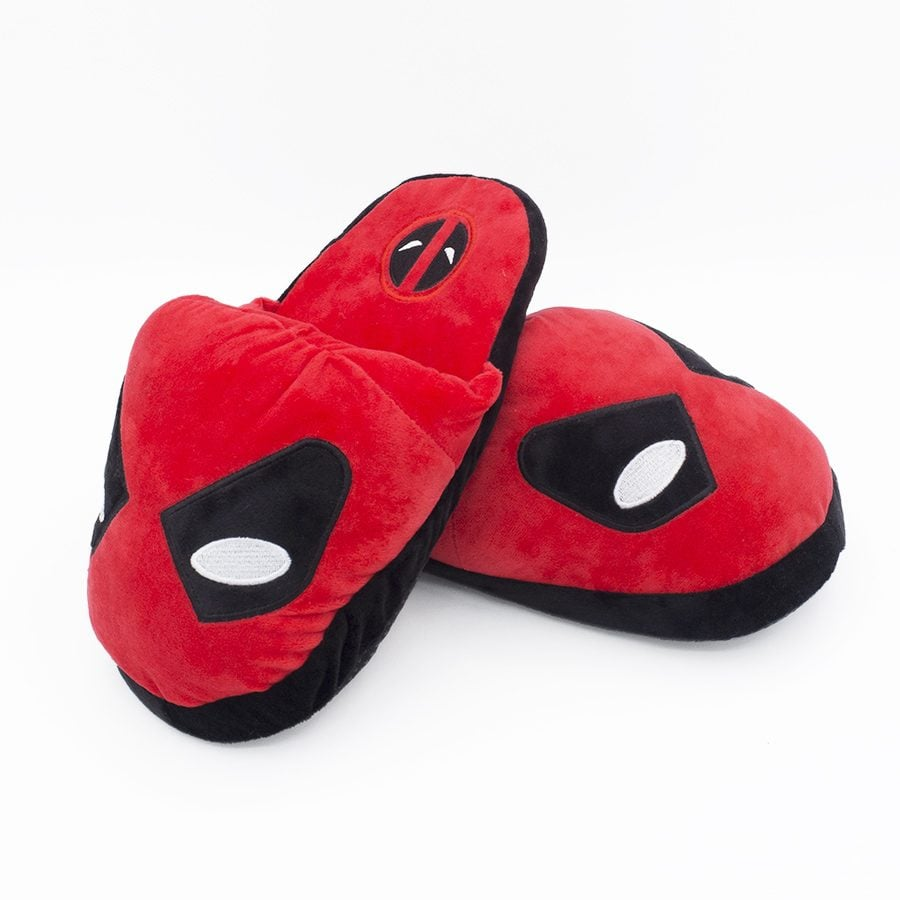 pantuflas-deadpool-plushandbits